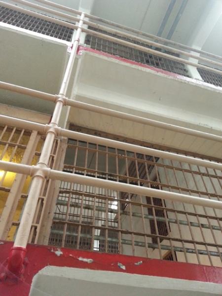 Prison b.jpg