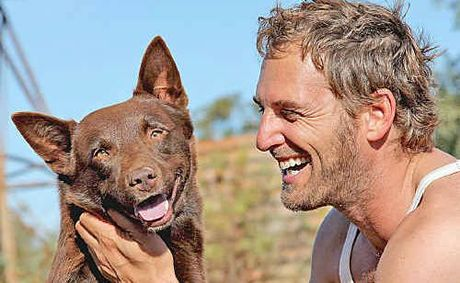 Red Dog and John Grant (Josh Lucas)